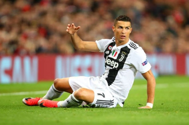 Ronaldo selfie voi CDV qua khich cua MU sau tran dau hinh anh 7