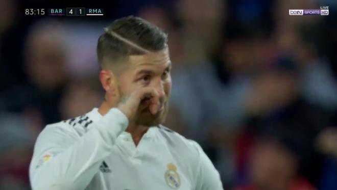 Nghi van Ramos roi nuoc mat o tran sieu kinh dien hinh anh