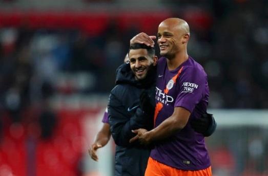 Mahrez tang ban thang cho Chu tich Vichai trong ngay Man City ha Spurs hinh anh 8