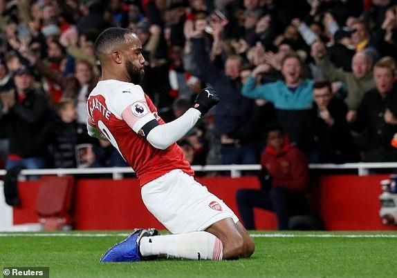 Arsenal 1-1 Liverpool: Tiec tan cong hap dan hinh anh 24