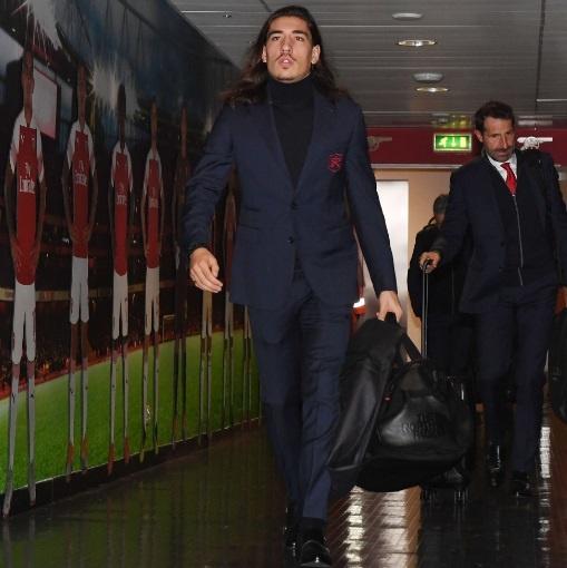 Arsenal 1-1 Liverpool: Tiec tan cong hap dan hinh anh 10