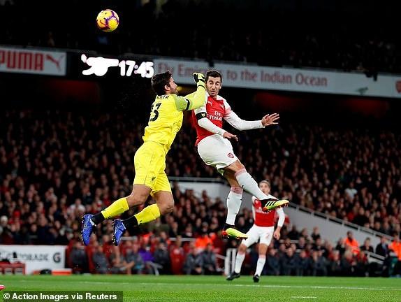 Arsenal 1-1 Liverpool: Tiec tan cong hap dan hinh anh 13