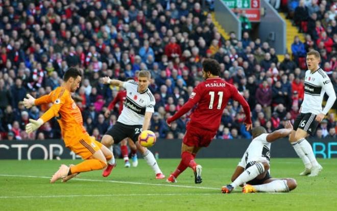 Salah no sung dua Liverpool len vi tri dan dau NHA hinh anh 11