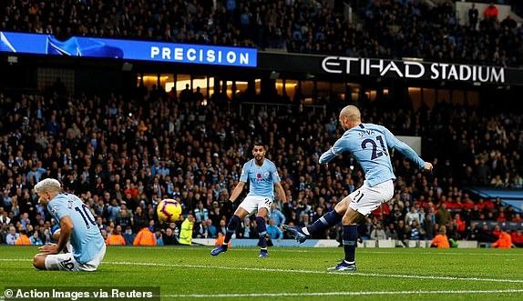 Man City 3-1 Man Utd: Tran derby mot chieu hinh anh 19