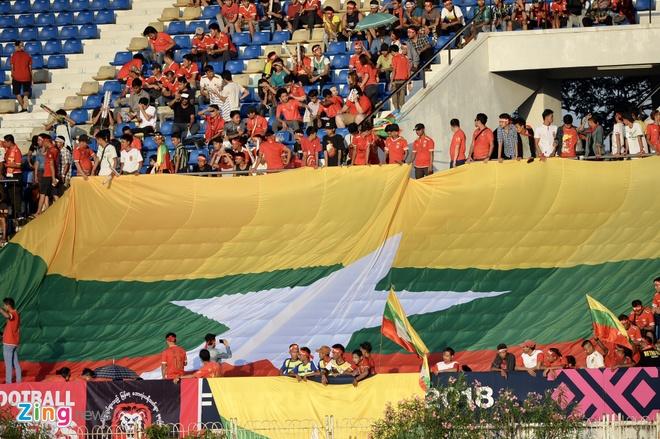 Tuyen Viet Nam doi mat suc ep lon tu CDV chu nha Myanmar hinh anh 29