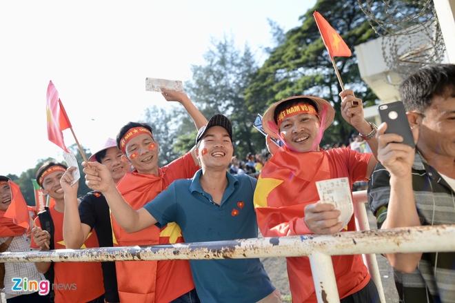 Tuyen Viet Nam doi mat suc ep lon tu CDV chu nha Myanmar hinh anh 11