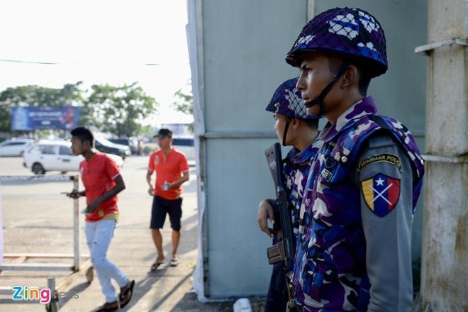 Tuyen Viet Nam doi mat suc ep lon tu CDV chu nha Myanmar hinh anh 9