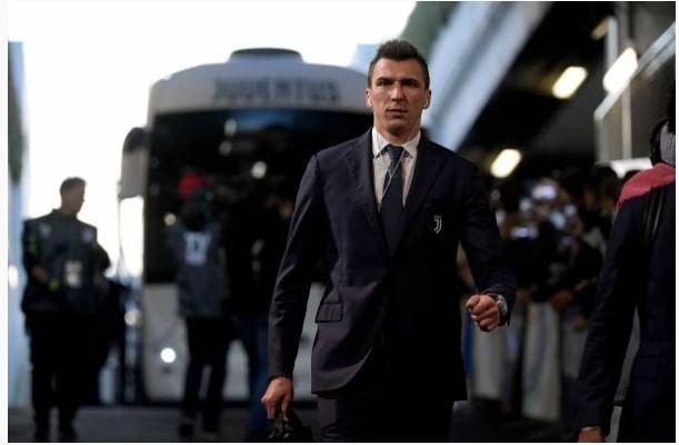 Ronaldo toa sang giup Juventus danh bai SPAL 2-0 hinh anh 8