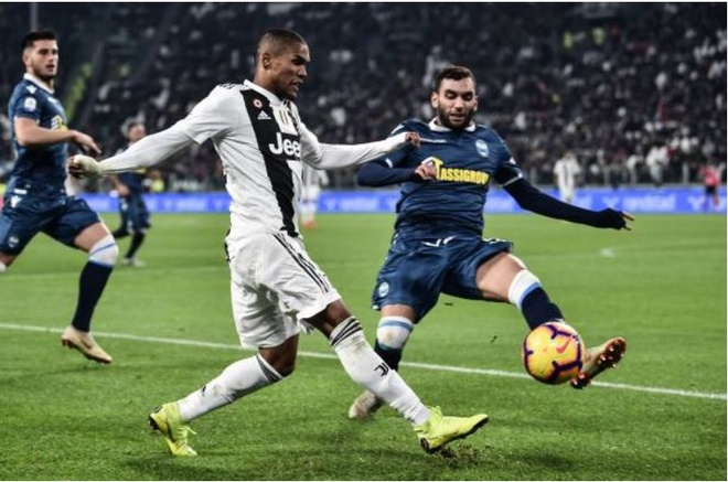 Ronaldo toa sang giup Juventus danh bai SPAL 2-0 hinh anh 16