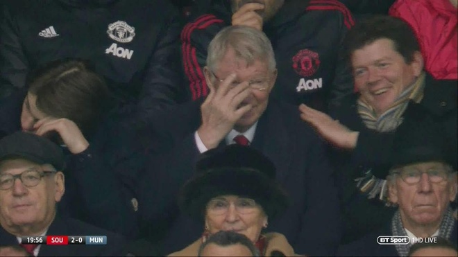 Sir Alex Ferguson bat cuoi khi MU thung luoi 2 lan trong 7 phut hinh anh 1