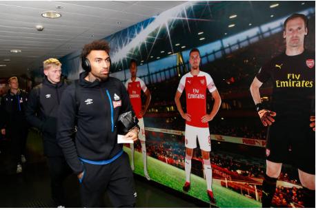 Lucas Torreira lap sieu pham, Arsenal duy tri mach bat bai hinh anh 10