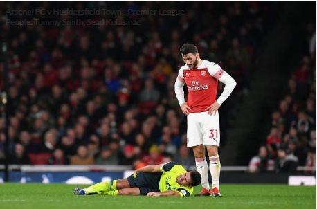 Lucas Torreira lap sieu pham, Arsenal duy tri mach bat bai hinh anh 25