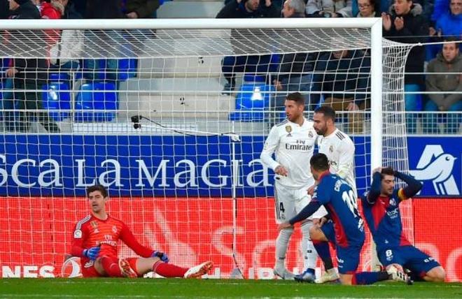 Thang toi thieu doi bet bang, Real tro lai top 4 La Liga hinh anh 9