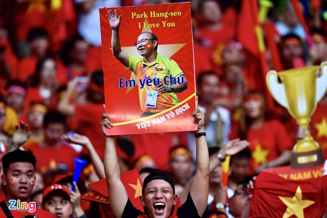 Nhieu CDV Viet Nam khong duoc vao khan dai Bukit Jalil du co ve hinh anh 49