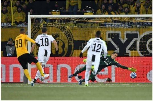 Ronaldo vo duyen, Juventus thua Young Boys 1-2 hinh anh 18