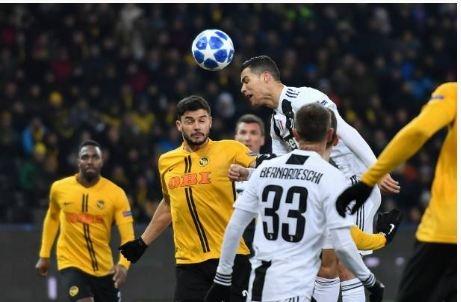 Ronaldo vo duyen, Juventus thua Young Boys 1-2 hinh anh 20