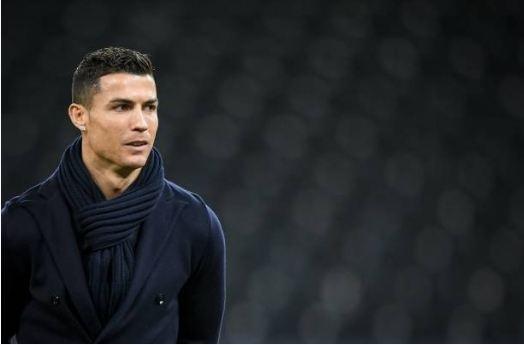 Ronaldo vo duyen, Juventus thua Young Boys 1-2 hinh anh 7