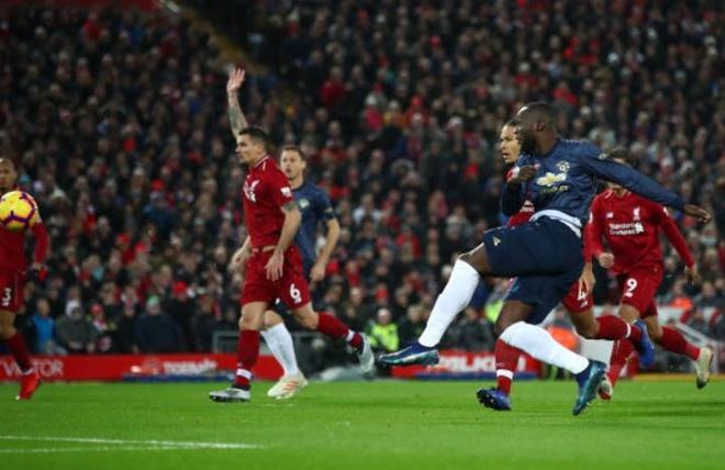 De bep MU, Liverpool tro lai ngoi dau Premier League hinh anh 10