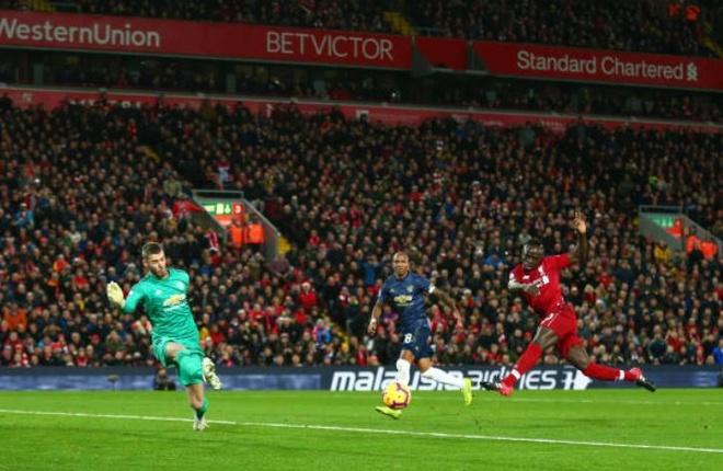 De bep MU, Liverpool tro lai ngoi dau Premier League hinh anh 12