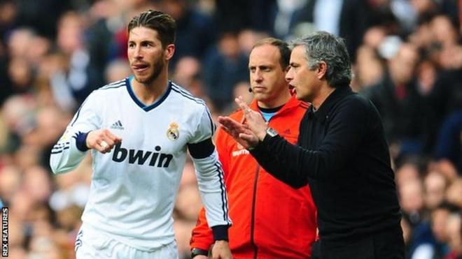 Ramos kho chiu vi tin don voi Mourinho anh 1