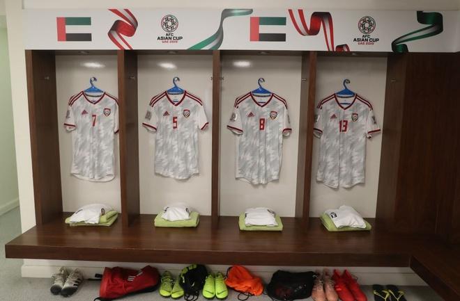 Chu nha UAE chat vat gianh 1 diem o tran ra quan Asian Cup 2019 hinh anh 11