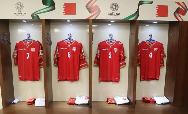 Chu nha UAE chat vat gianh 1 diem o tran ra quan Asian Cup 2019 hinh anh 12