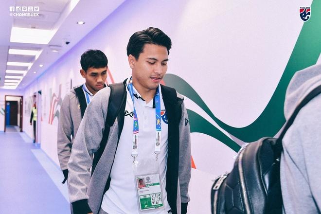 Chanathip toa sang giup Thai Lan thang tran dau tay tai Asian Cup 2019 hinh anh 5