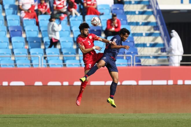 Chanathip toa sang giup Thai Lan thang tran dau tay tai Asian Cup 2019 hinh anh 26