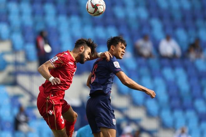 Chanathip toa sang giup Thai Lan thang tran dau tay tai Asian Cup 2019 hinh anh 24