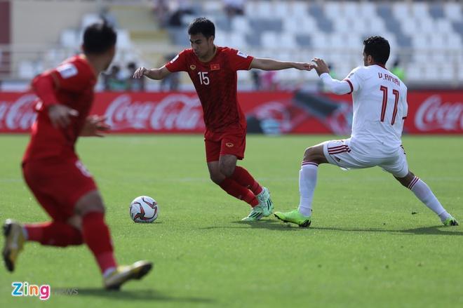 Viet Nam vs Iran (0-2): Tiec nuoi cho Cong Phuong va Quang Hai hinh anh 28