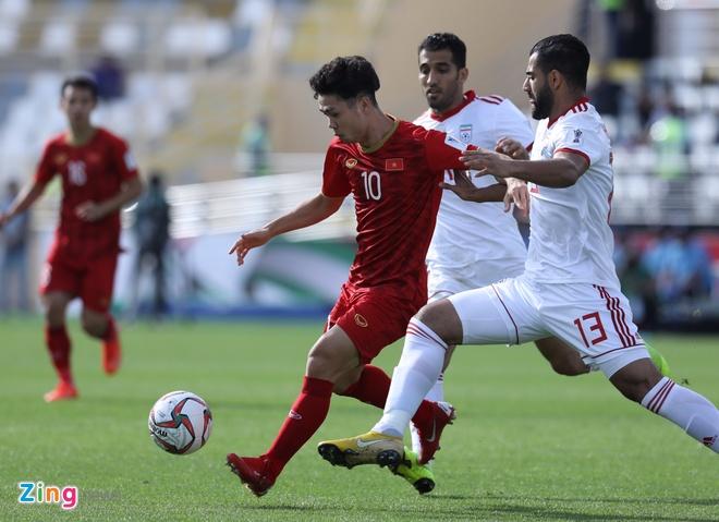 Viet Nam vs Iran (0-2): Tiec nuoi cho Cong Phuong va Quang Hai hinh anh 29