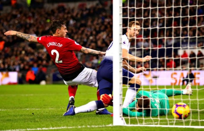Tottenham 0-1 Man Utd: De Gea choi xuat sac hinh anh 24