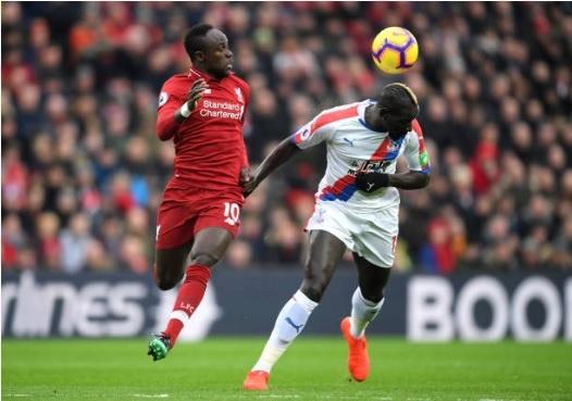Salah toa sang giup Liverpool thang nghet tho Crystal Palace 4-3 hinh anh 6