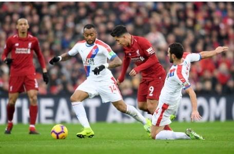 Salah toa sang giup Liverpool thang nghet tho Crystal Palace 4-3 hinh anh 7