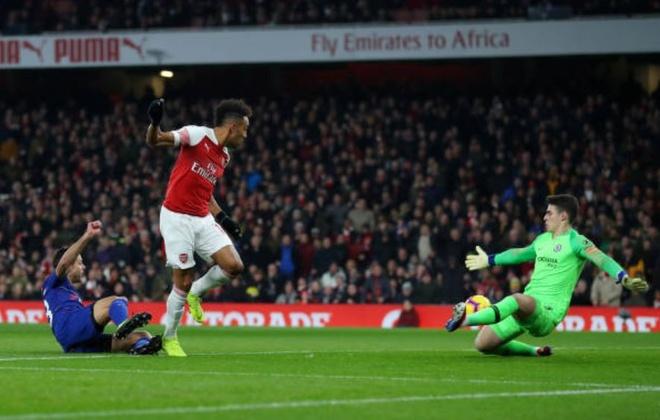 Chelsea nga ngua, Arsenal va MU ap sat top 4 hinh anh 9