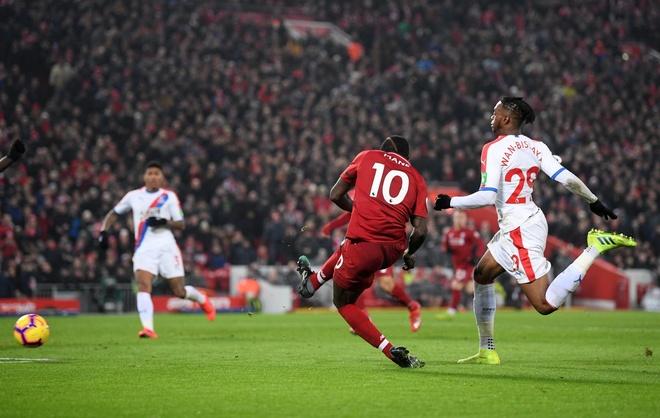 Salah toa sang giup Liverpool thang nghet tho Crystal Palace 4-3 hinh anh 23