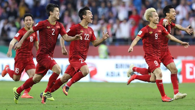 Hạ Jordan 4-2 trên chấm 11 m, Việt Nam xứng đáng vào tứ kết Asian Cup