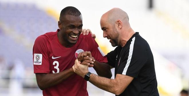 Qatar vs Iraq: Chu nha World Cup 2022 pho dien suc manh hinh anh
