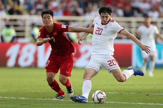 Ha Trung Quoc 3-0, Iran hien ngang vao ban ket Asian Cup hinh anh 3