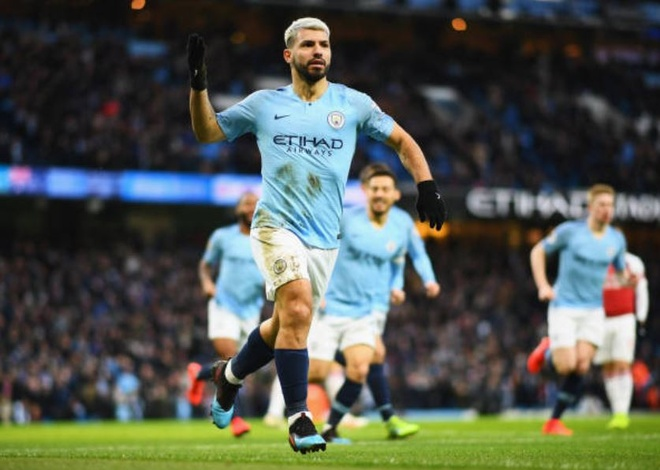 Man City 3-1 Arsenal: Aguero lap hat-trick hinh anh 11