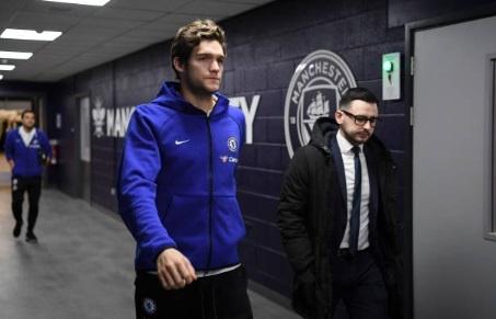 De bep Chelsea 6-0, Man City tro lai ngoi dau Premier League hinh anh 13