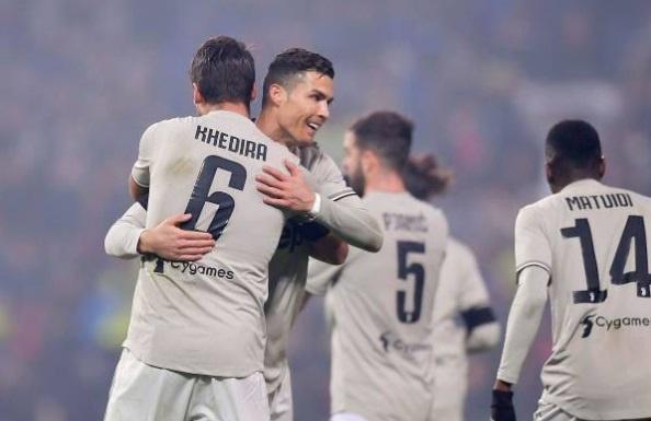 Ronaldo rực sáng giúp Juventus duy trì mạch bất bại từ đầu mùa