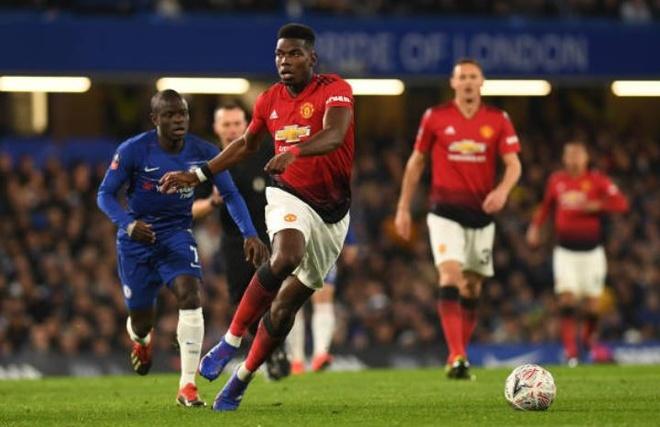 Chelsea 0-2 Man Utd: Pogba ruc sang hinh anh 19