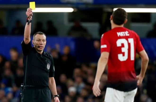 Chelsea 0-2 Man Utd: Pogba ruc sang hinh anh 23