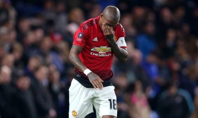 Cham diem Chelsea 0-2 Man Utd: Pogba khong phai hay nhat hinh anh 2