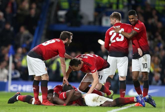 Cham diem Chelsea 0-2 Man Utd: Pogba khong phai hay nhat hinh anh 11