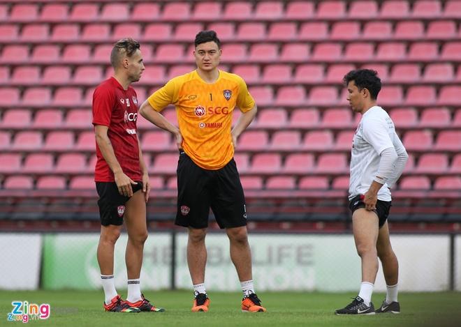 Van Lam de lot luoi, Muangthong United thua tran thu 2 lien tiep hinh anh 3