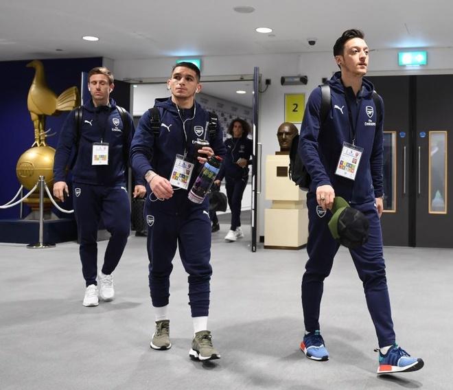 Tottenham 1-1 Arsenal: 2 qua 11 m gay tranh cai hinh anh 11