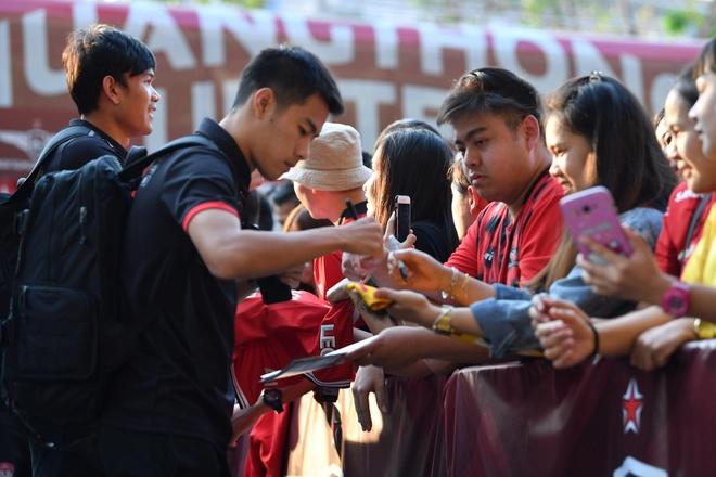 Van Lam de lot luoi, Muangthong United thua tran thu 2 lien tiep hinh anh 8