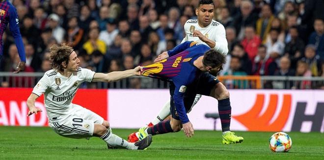 HLV Valverde tiet lo thoi quen la cua Messi o dau cac tran dau hinh anh 2